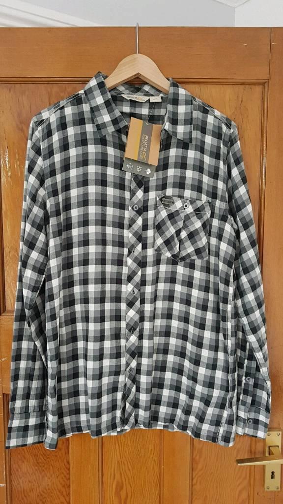 Mens Regatta Black and White shirt XL