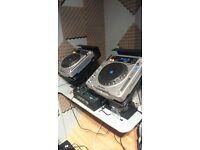 Allen & Heath Xone 42 Mixer / Pioneer CDJ 800 MK2 / Pioneer Stands