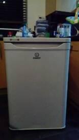 Indesit undercounter fridge TLAA10