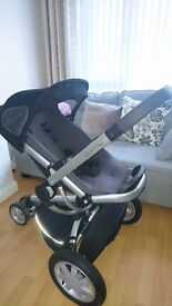 Quinny Buzz 3 Travel System includes Maxi-Cosi car seat