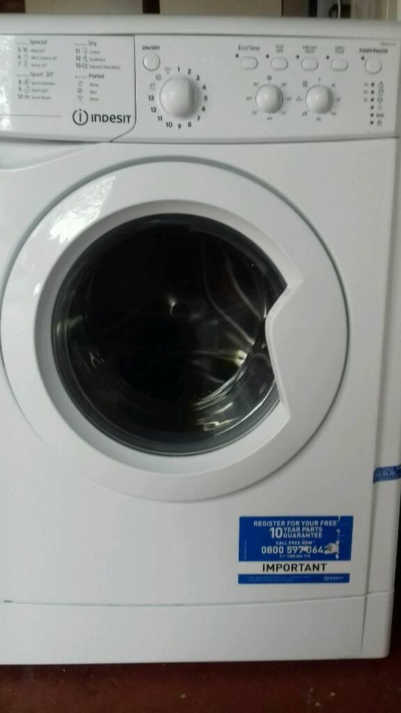 Washer dryer Indesit 6kg offer sale £130
