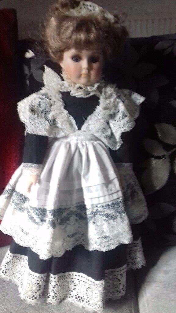 Alberon doll
