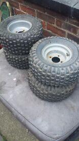 Quad tyres x4 cracking tread