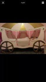 Girls beautiful carriage bed with quality mattress