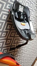 Cybex Cloud Q Plus car seat in Autumn Gold with ISOfix