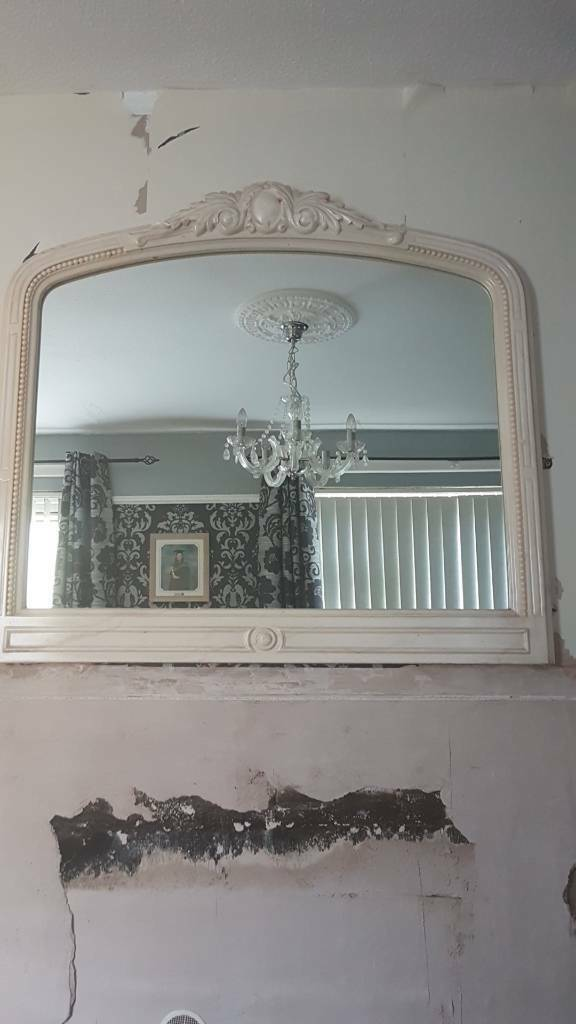 Marble effect mirror