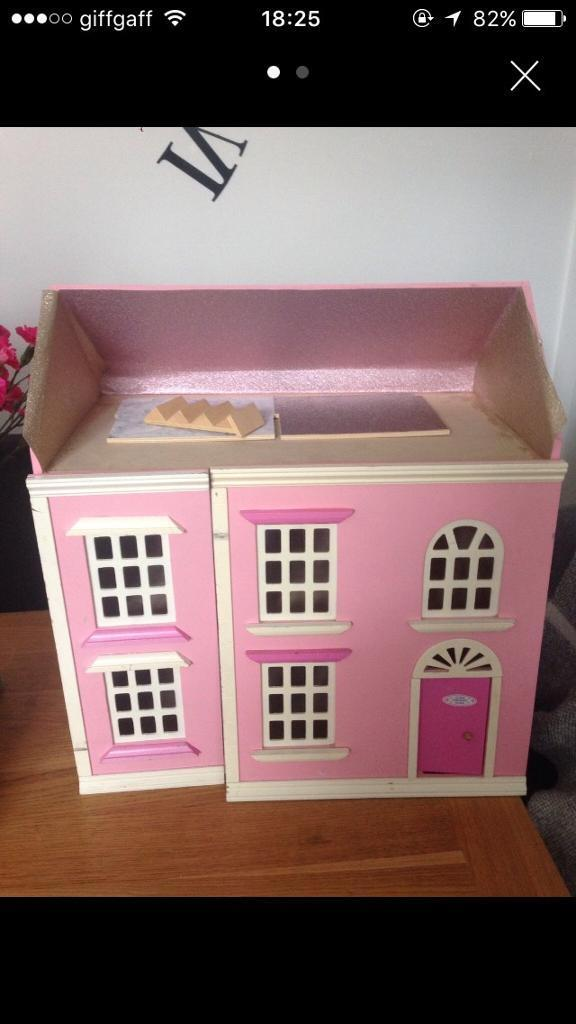 Dolls house - needs renovation