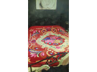 extra soft extra large colourful fleece blanket/throw