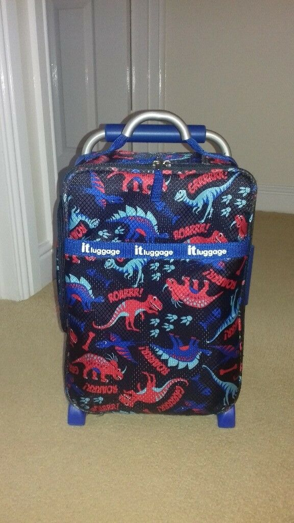 childrens dinosaur print lightweight suitcase.lovely condition.nice size for hand luggage.