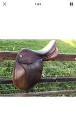 "15"" Medium Exselle Saddle"