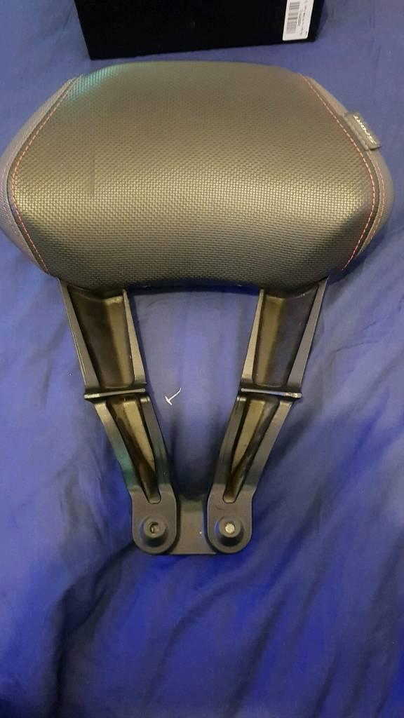 X-max passenger backrest