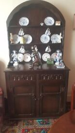 dresser, dining table with 6 chairs