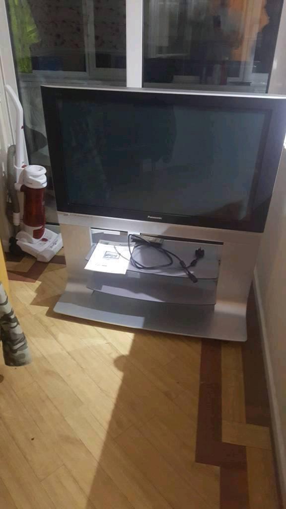 """Panasonic Viera 42"""" plasma tv with freeview"""