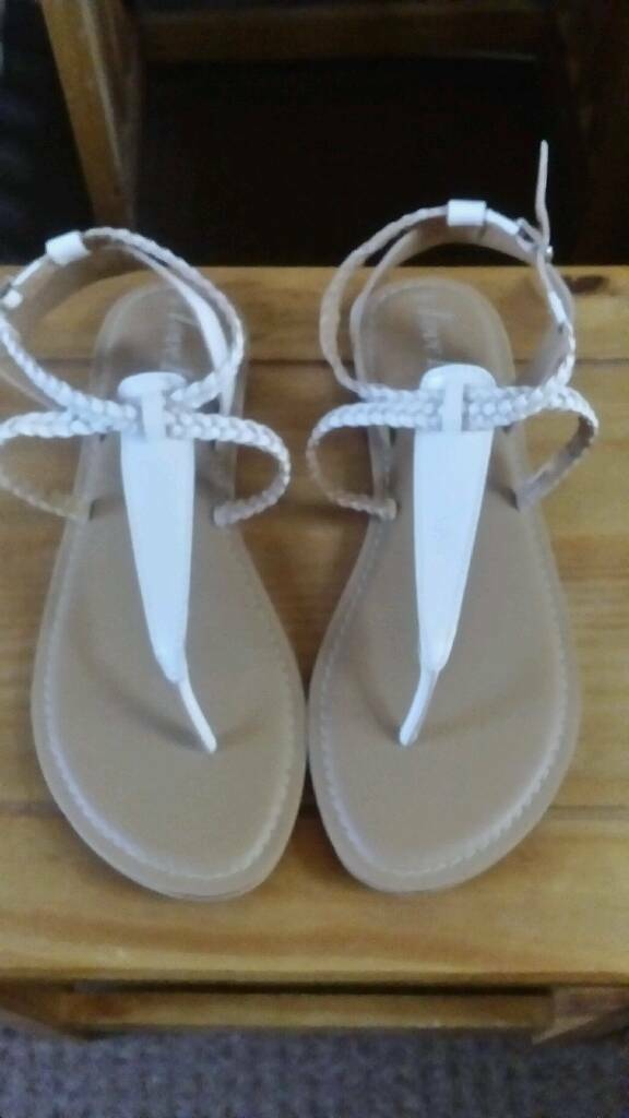 Brand new ladies sandals