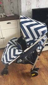 Mb51 blue chevron pushchair