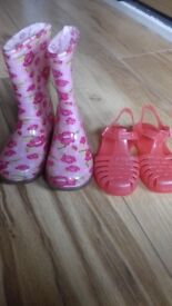 Girls wellies and jelly shoes size child 6 £5