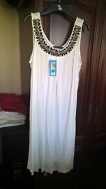 NEW WITH TAGS LOVELY WHITE M & S DRESS