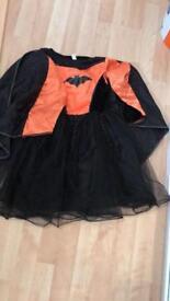 Girls Halloween bat costume 7-8