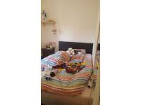 NICE DOUBLE BEDROOM!
