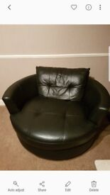 Large black Leather DFS Round Cuddle / Snuggle Swivel Chair - Seats 2 people