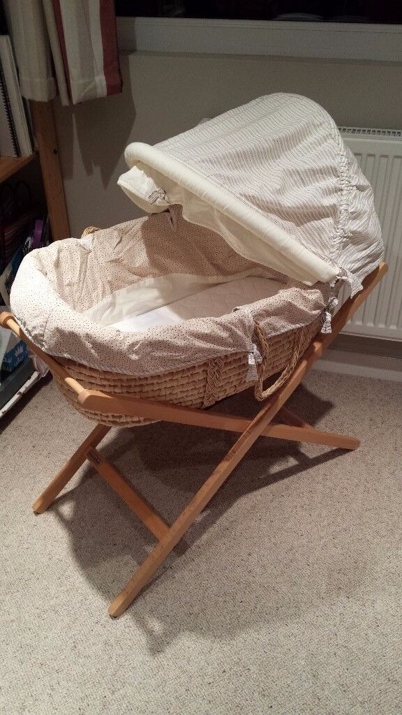 Mama's and papas moses basket and stand