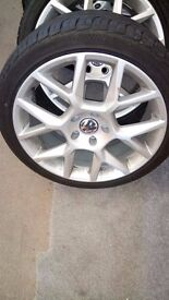 """18"""" Alloys 8jx18, brand new tryes."""