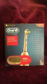 Oral b triumph 5000 Electric toothbrush