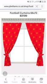 Man Utd curtains