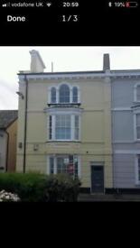 One bedroom, first floor flat in Starcross, Nr Exeter