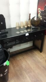 Dresser side board