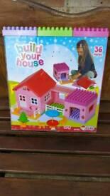 BUILD YOUR HOUSE BLOCKS