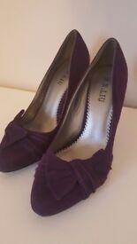 Purple heels size 37
