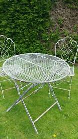 Garden table & chairs