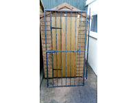 WROUGHT IRON GATE / SECURITY GRILL DOOR / STEEL GATE / METAL GARDEN SIDE GATE. Only £50 (no offers)