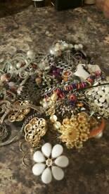 Bundle of broken jewellery