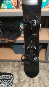 """Morrow Snow board 158"""", size 11 boots and carry bag"""