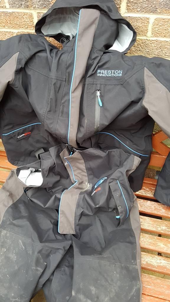 Preston df 25 suit