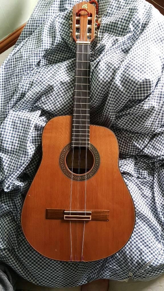 Acoustic Cuban Tres (Tres Cubano) Guitar