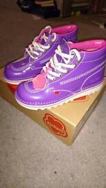 Purple kickers boots