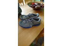 Addidas size 7 trainers