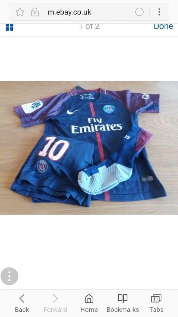 Kids Paris Saint-Germain kit. Neymar on back age approx 10/11