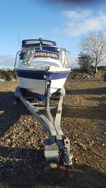3 axle boat trailer can carry up to 28 ft boat recently serviced good condition