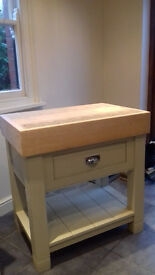AS NEW - Gorgeous Oak butcher's Cutting Block with painted finish