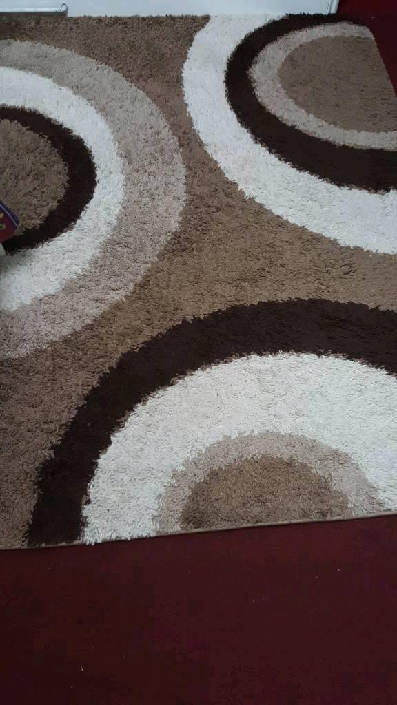 Full size rug