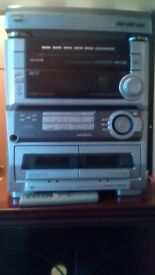 5 cd, + Turntable, Aiwa Stereo system