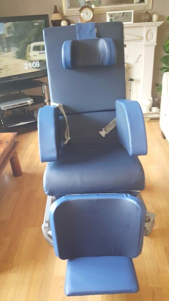 SPECIALIST CHAIR TILT-IN-SPACE WITH TRACKING LEG REST RRP*£1,600 GRAB A BARGAIN!