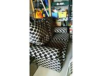 Granfort 2 seater cream and black spotty couch