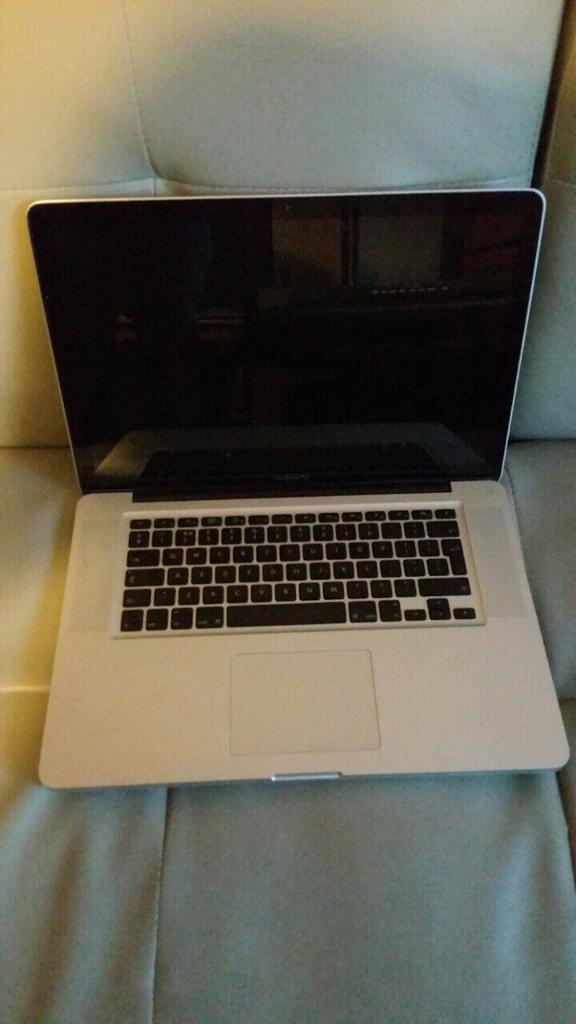 MacBook Pro Late 2008in Neasden, LondonGumtree - MacBook Pro in excellent condition , all can be seen working the only problem is disc drive is not working. I need a quick sale the price is already cheap no time wasters!