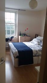 Next to Vauxhall Station 2 Amazing Double Rooms Available Now
