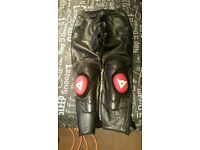 Lovely Dainese red and black 2 piece motorbike leathers
